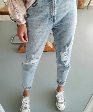SLIM-Mom-Jeans – destroyed light BLUE