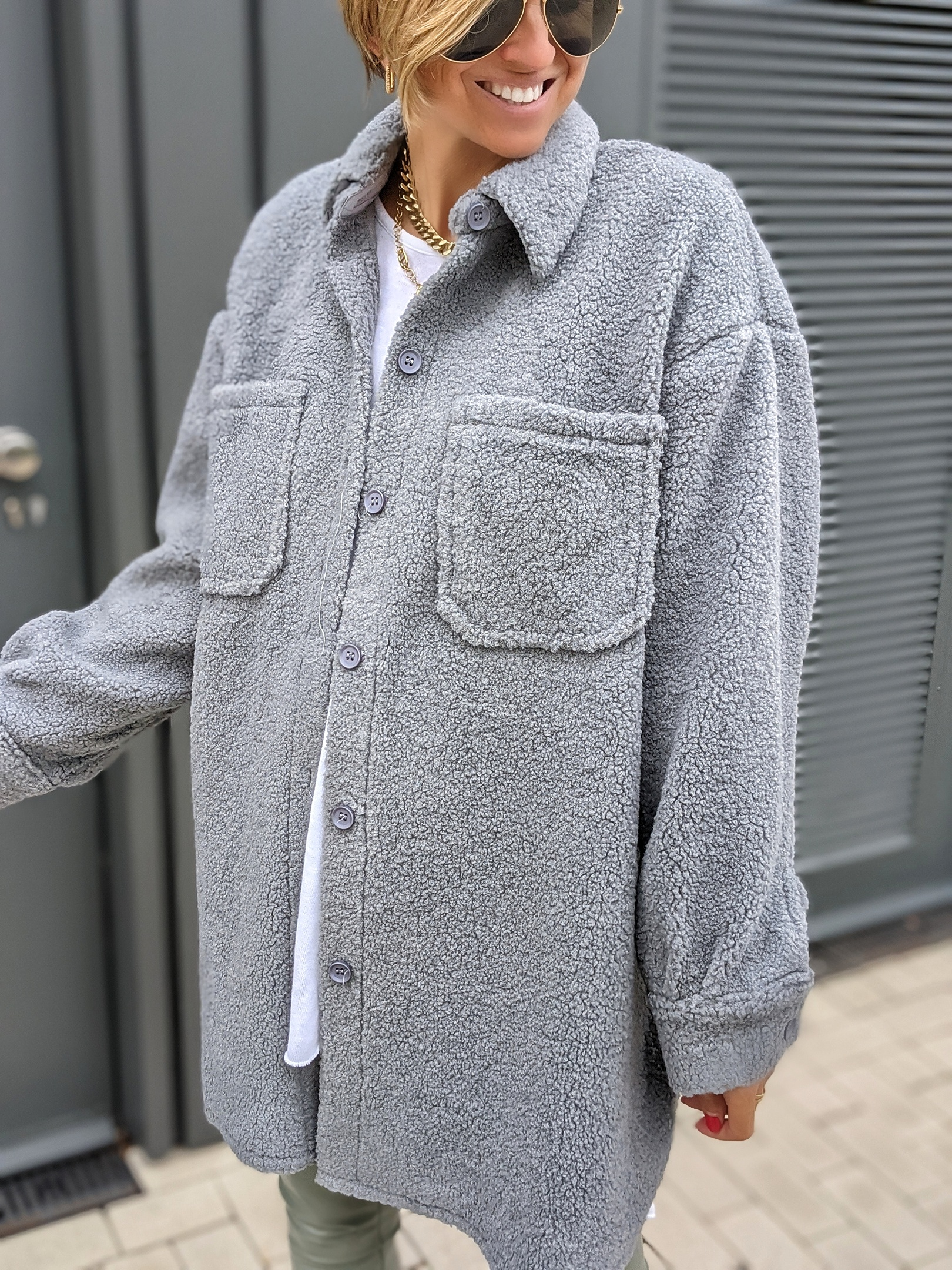 Oversize Hemdjacke SHEEP THRILLS-blau-grau